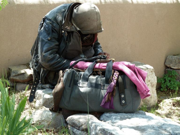 Le Secours Catholique ouvre une bagagerie à Montpellier